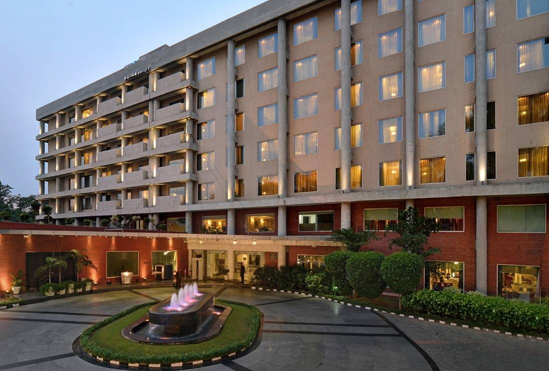 James Hotel Chandigarh