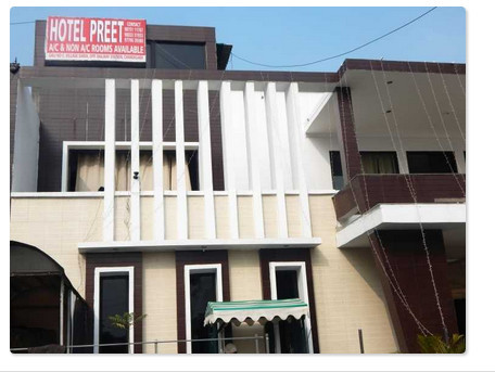 Preet Lodge Hotel Chandigarh